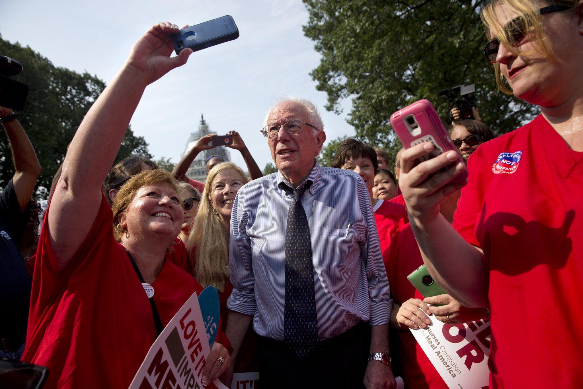 No, Bernie Sanders' fans aren't delusional - Chicago Tribune