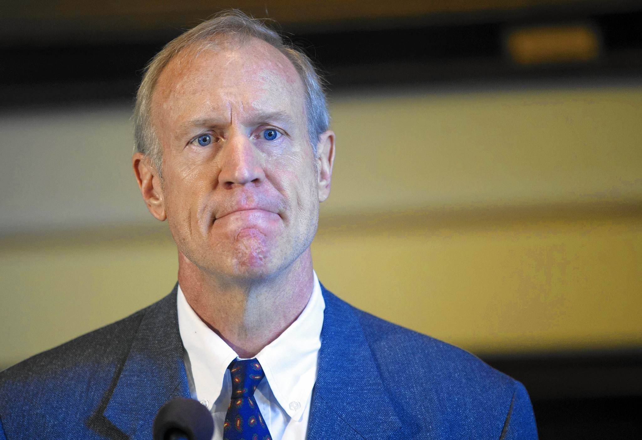 Rauner Signs Bill To Let Four