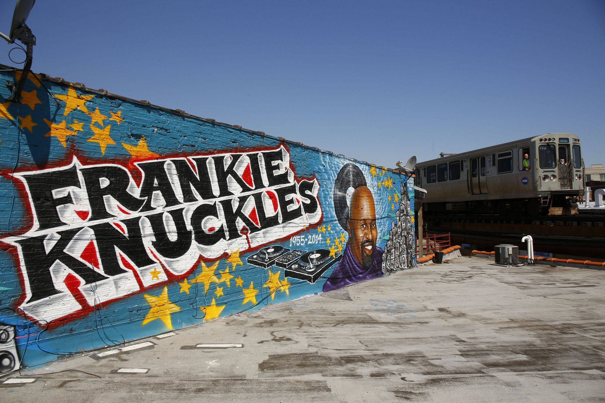 Frankie Knuckles Mural May Have A New Home In Rogers Park Chicago Tribune