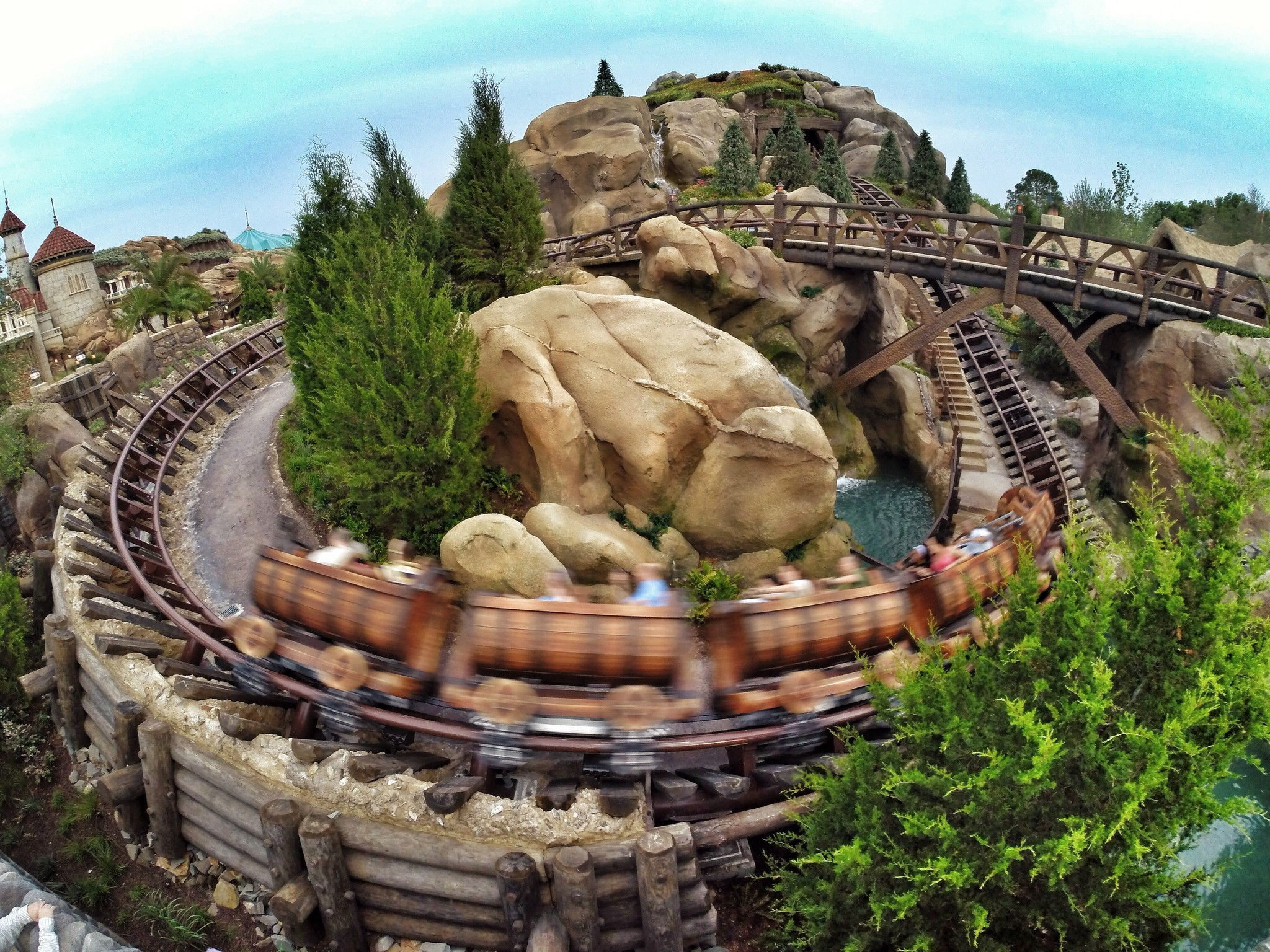 dwarfs mine train disney coaster seven disneyland roller ride orlando magic kingdom disneyworld walt parks theme park sentinel angeles los