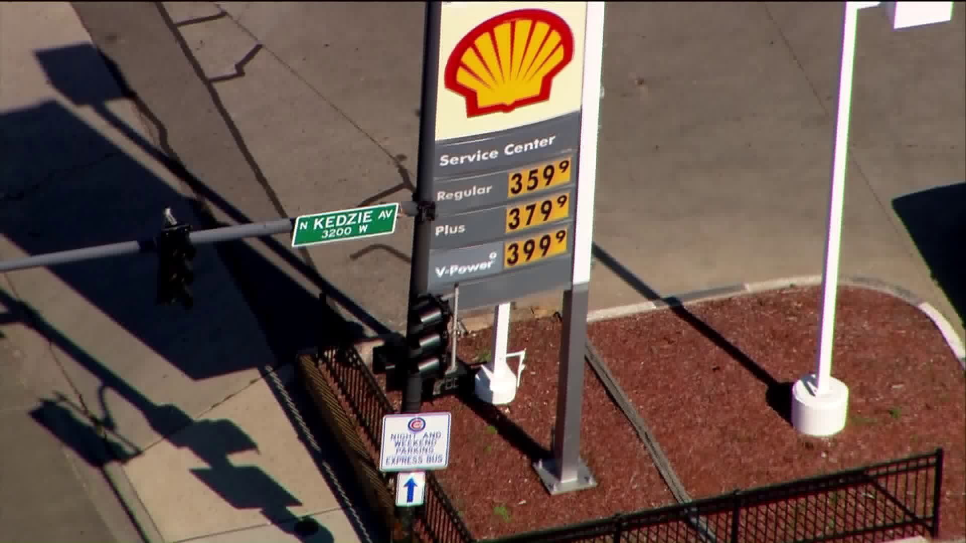 Gas Prices Chicago >> Gas Prices Spiking In Chicago La Times