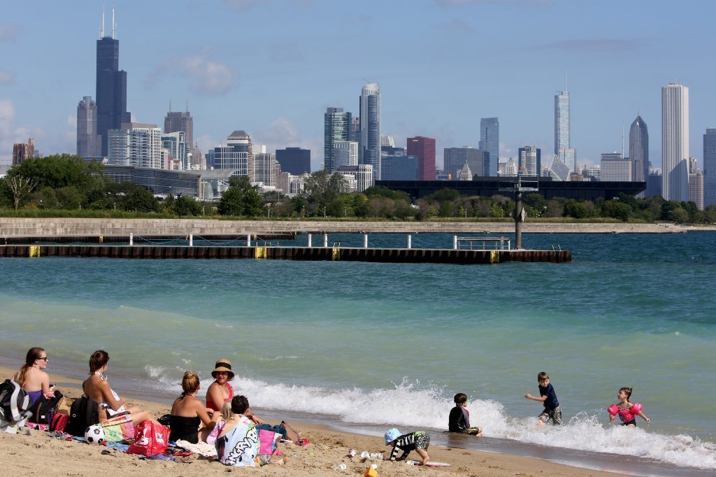 Now Even More Surfing The Digital Kind At Chicago Beaches Redeye