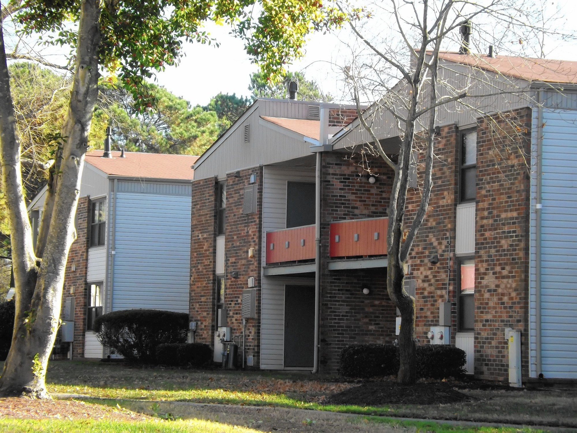 Langley Square Apartments In Hampton Sold To N Y Investors The
