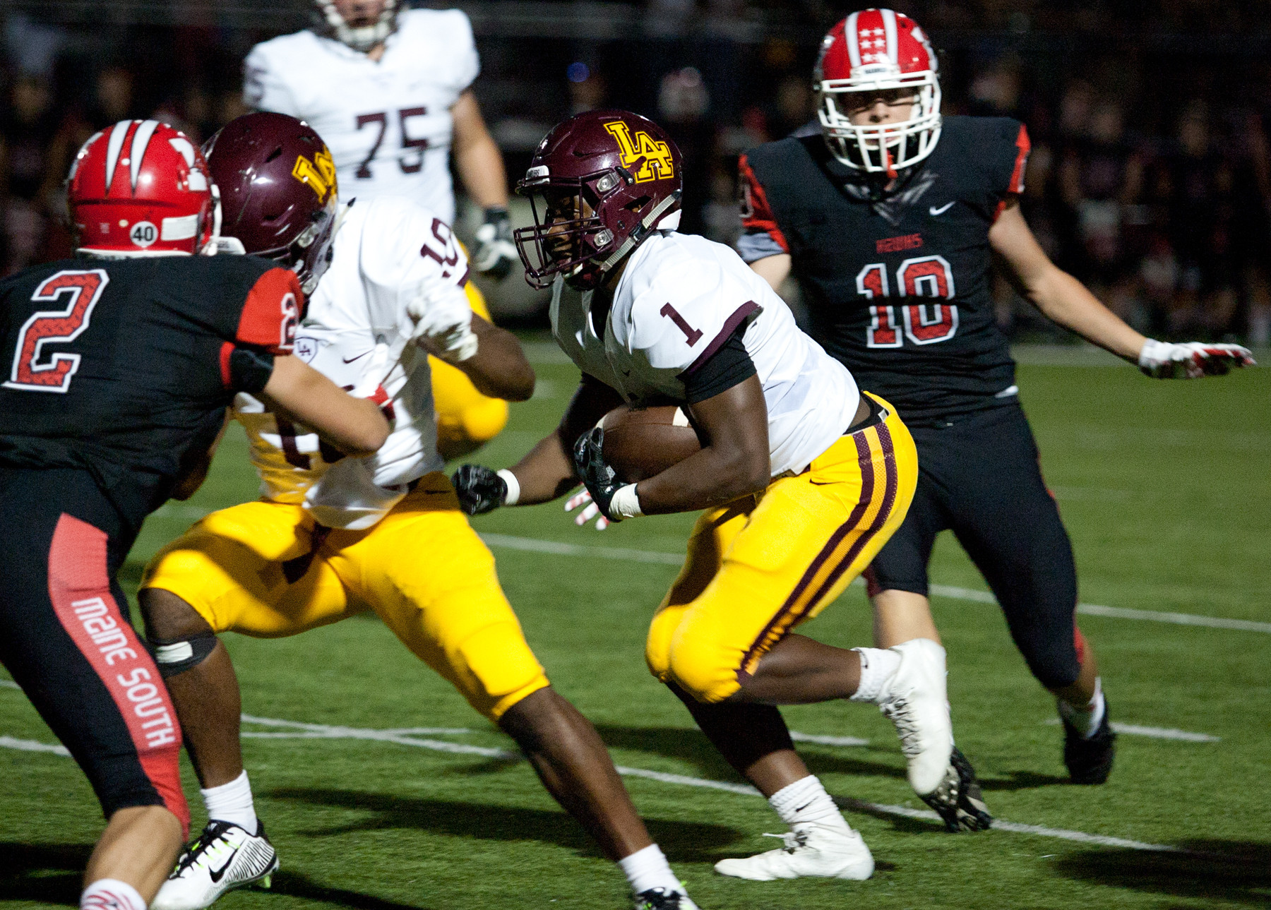 Prep football: No. 5 Loyola airs it out, routs No. 17 ...