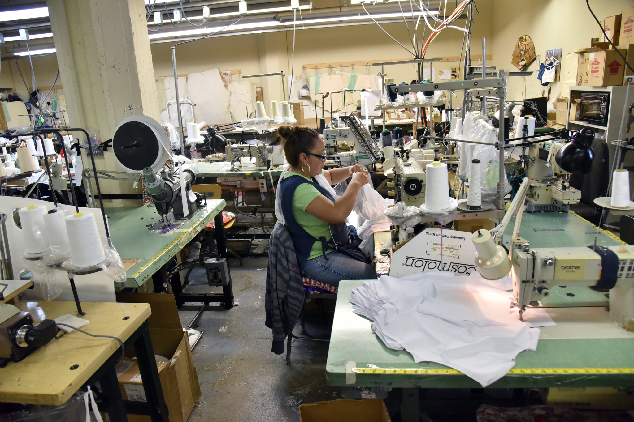 Fashions Unlimited Baltimore Based Apparel Maker Brings