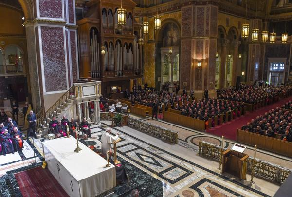 Pope Francis attends the midday prayer with more than 300 U.S. bishops at the Cathedral of St. Matthew the Apostle. (Photo by Jonathan Newton/Pool Photo)  ()