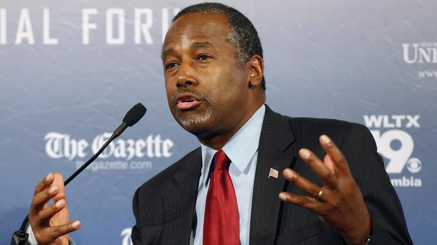 Ben Carson speaking in New Hampshire in August. (Jim Cole / Associated Press) ()