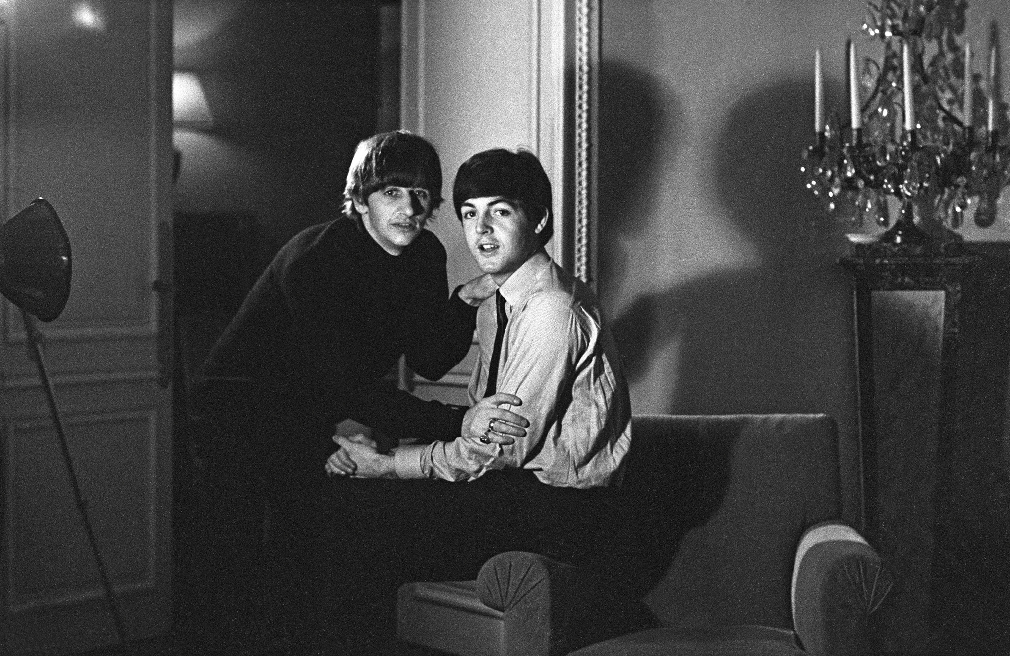 ringo starr 39 s five fab beatles moments from his book 39 photograph 39 los angeles times. Black Bedroom Furniture Sets. Home Design Ideas