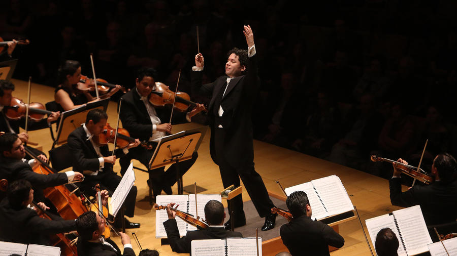 Gustavo Dudamel conducting at TchaikovskyFest 2014