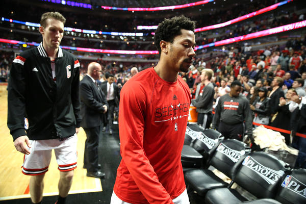f8bfc891efc7 Chicago Bulls guard Derrick Rose walks off the court after losing to the  Cleveland Cavaliers. (Chris Sweda Chicago Tribune)