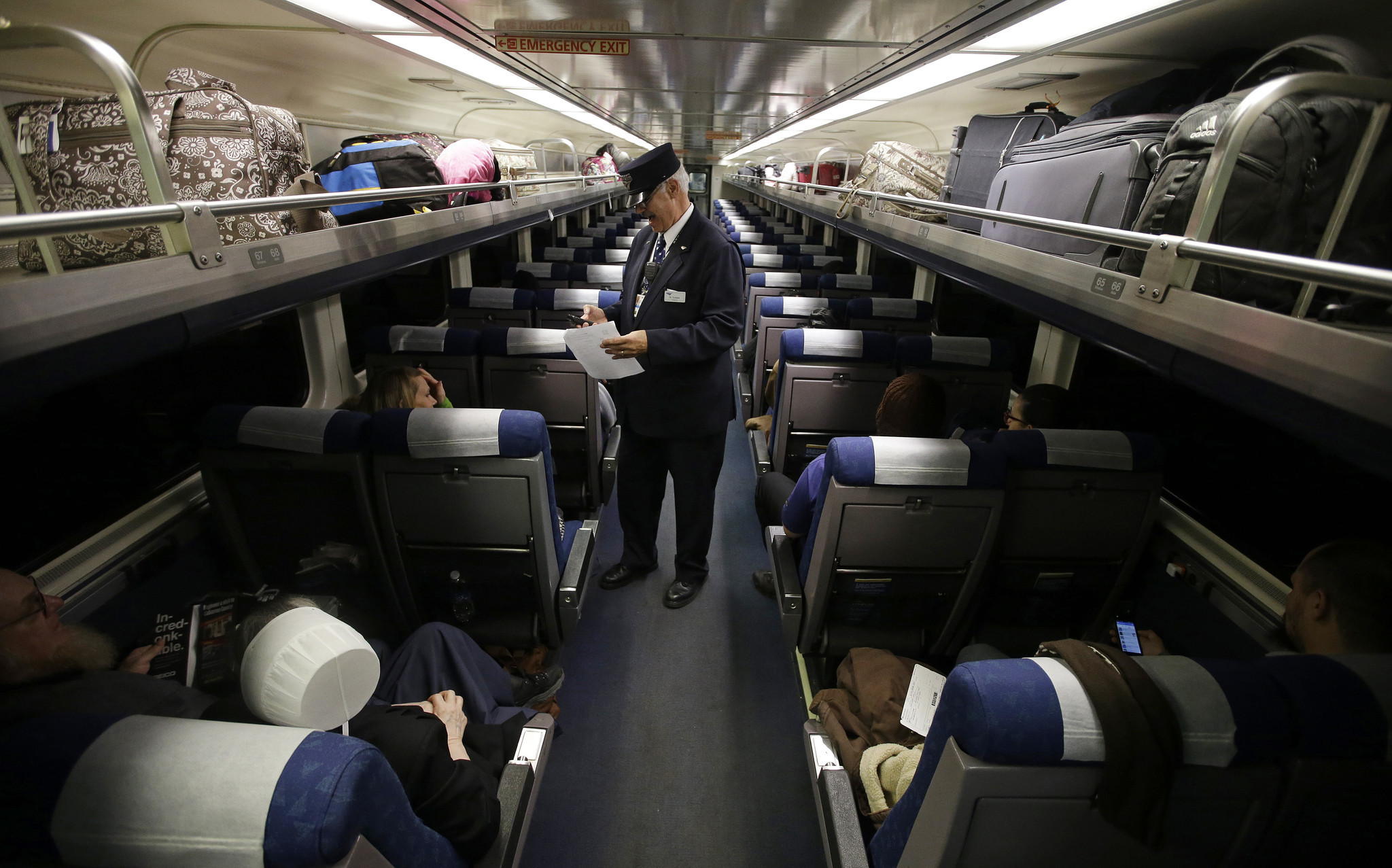Amtrak To Charge Baggage Fees But It S Not As Bad As You