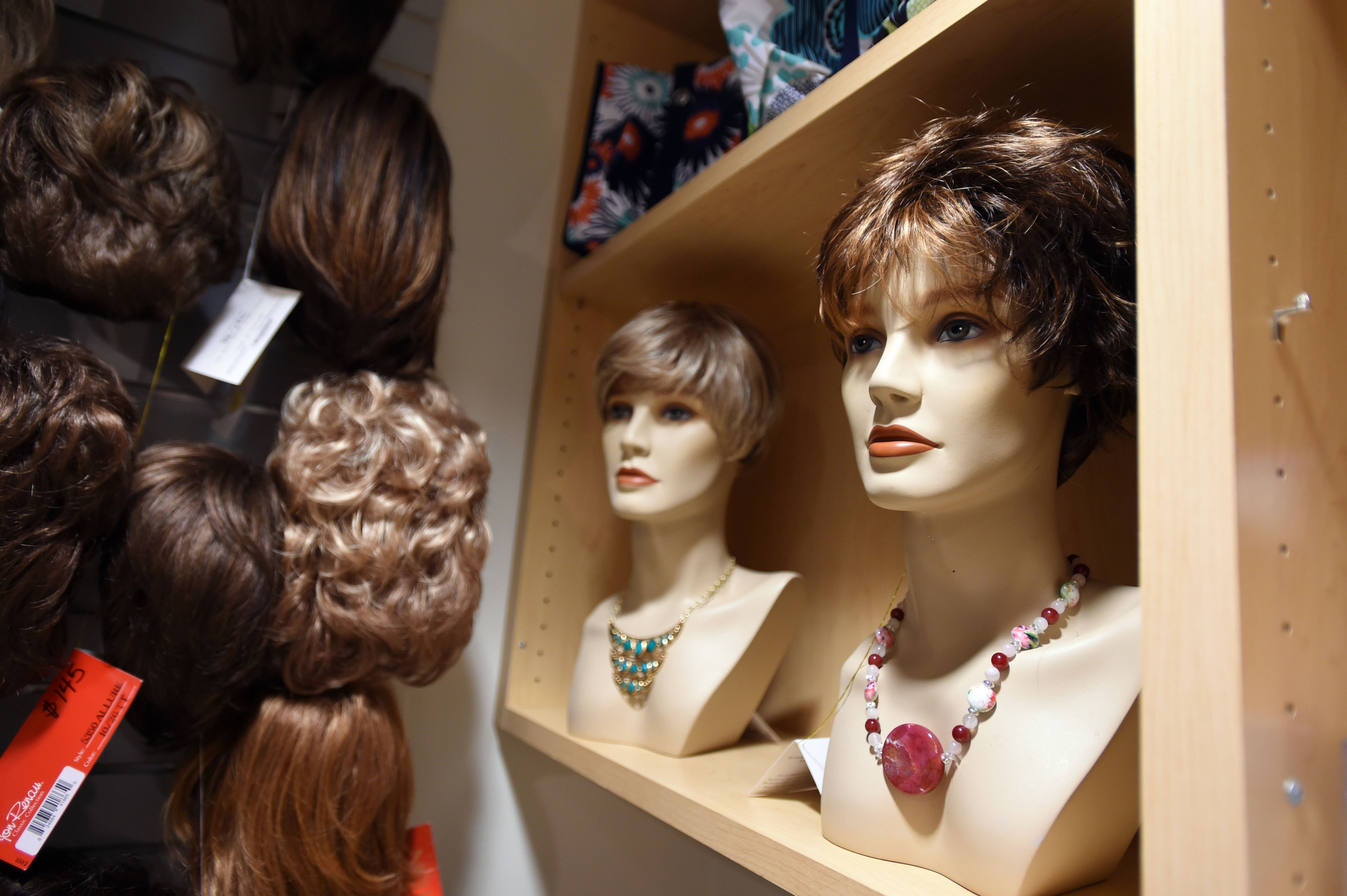 Wigged Out Women Who Lose Their Hair Don 191 T Have To
