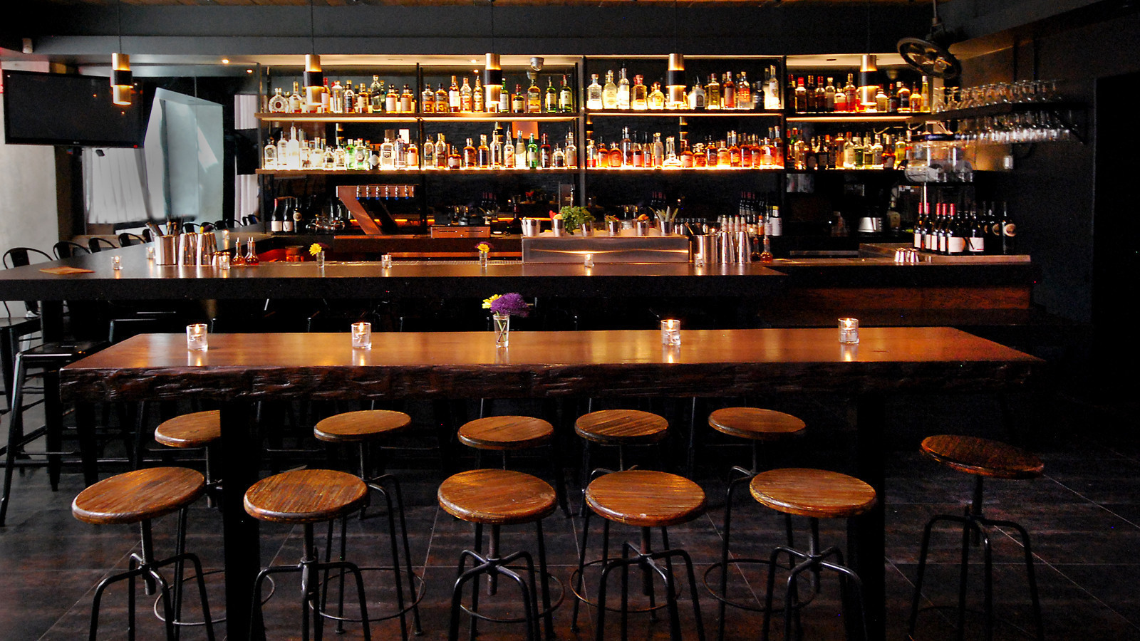 bar mattachine a gay craft cocktail bar opens downtown friday la times. Black Bedroom Furniture Sets. Home Design Ideas