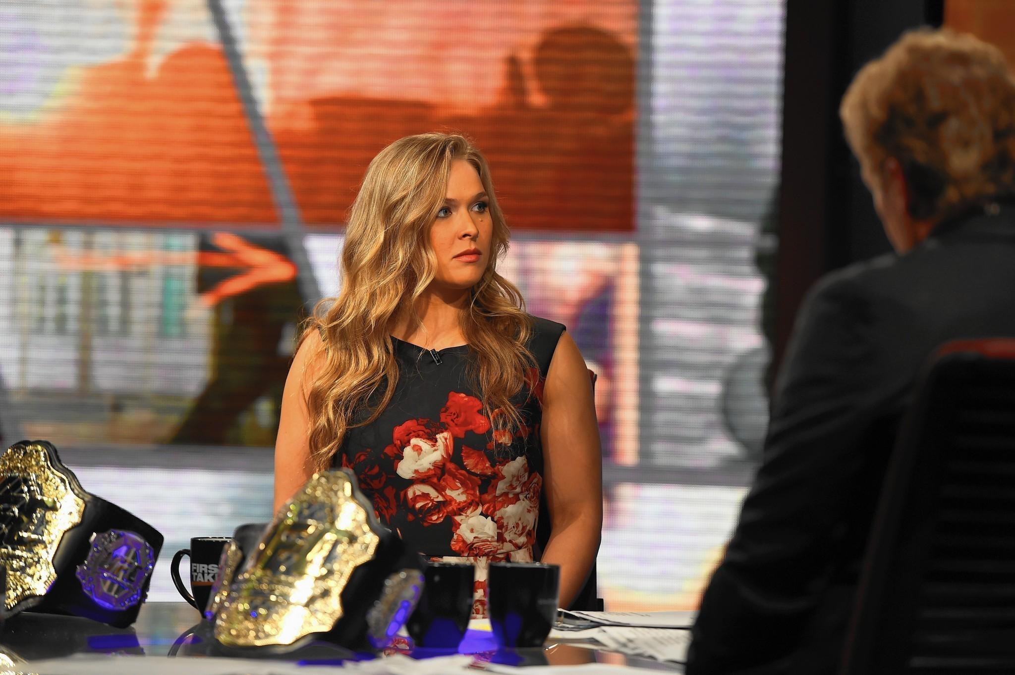 Ronda Rousey: ESPN SportsCenter host - Orlando Sentinel