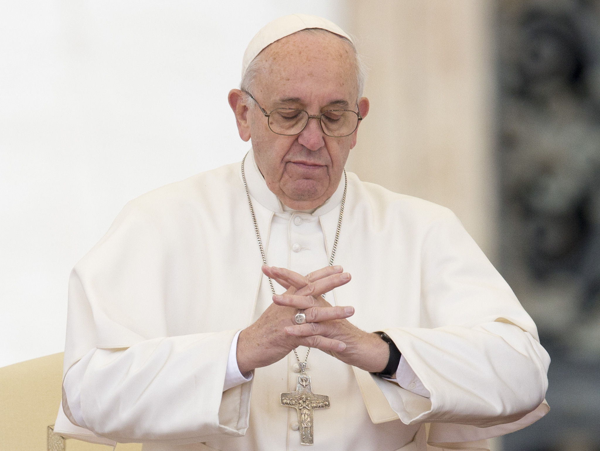 Vatican Denies Report Pope Francis Has Small Curable