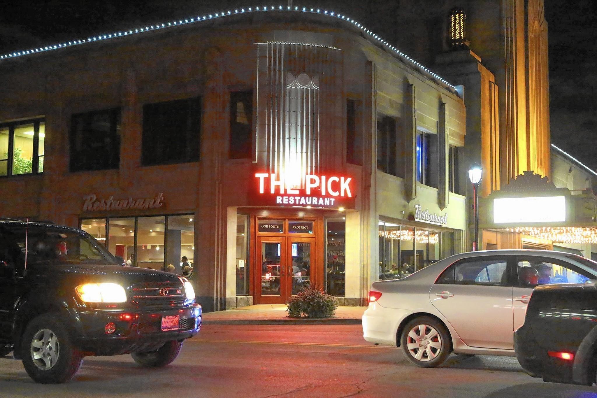New Restaurants Open On Both Ends Of Uptown Park Ridge Block Herald Advocate