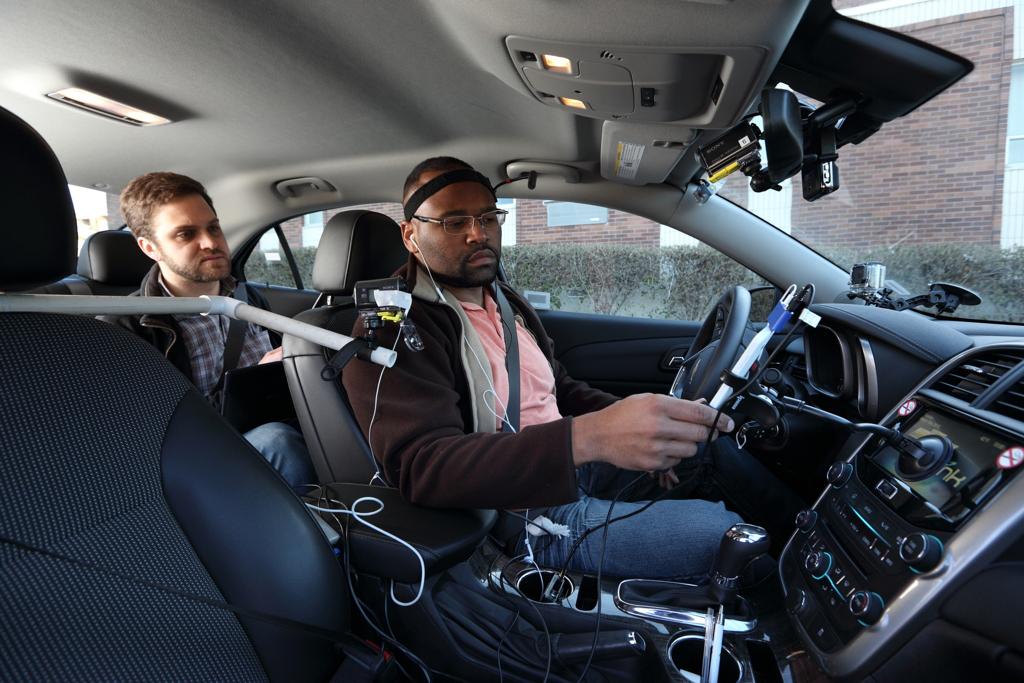 Hands Free Driving Still Distracting And Risky Aaa Says