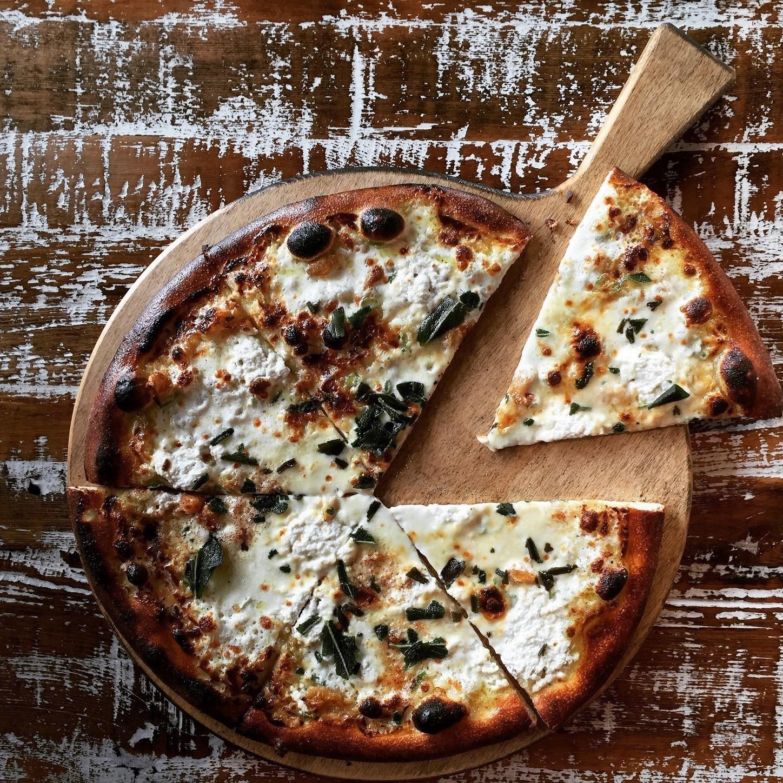 Artisan Pizza Kitchen: Now Open: PizzaCraft Artisan Pizzeria And Apothecary 330