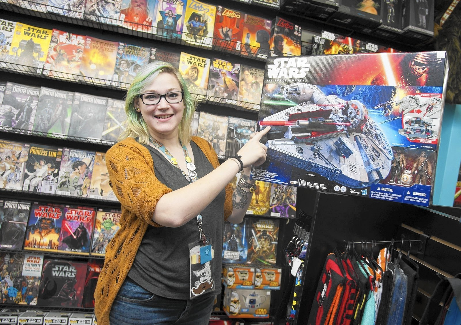 'Star Wars' fever hits Anne Arundel, highlighted by Chewbacca actor visit. '