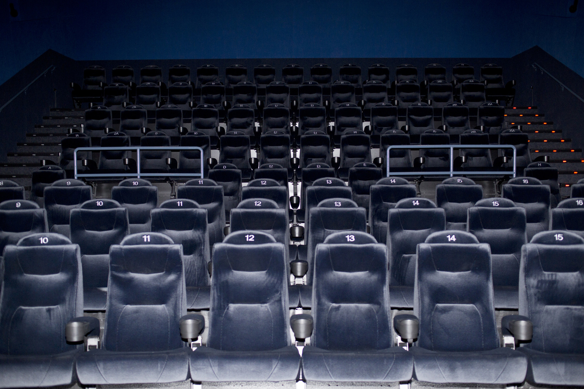 Movie Theater Pasadena Lounge Chairs Ipic Theaters The