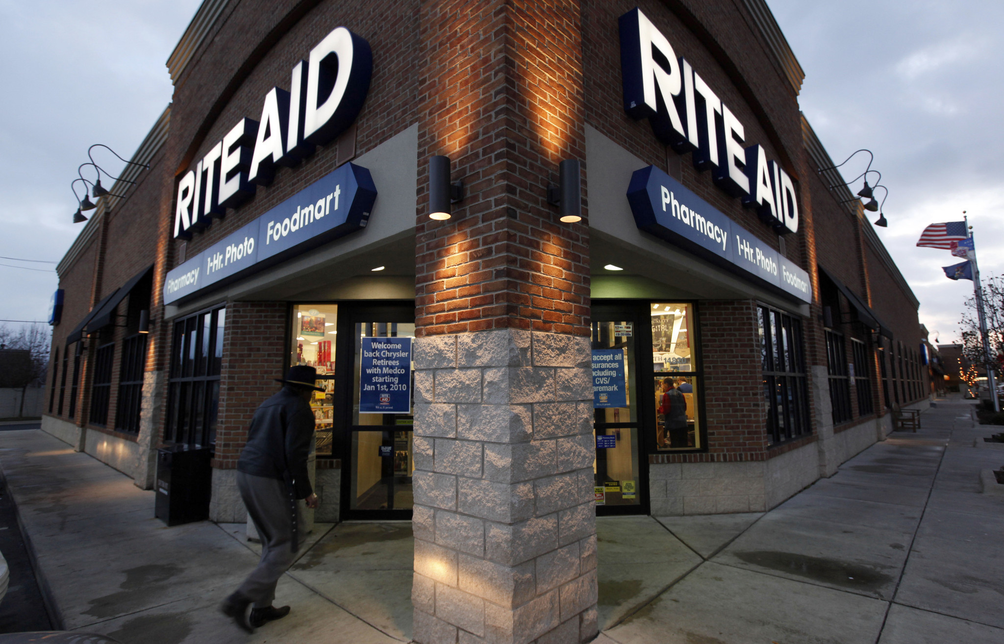 walgreens will focus on retail health care with rite aid