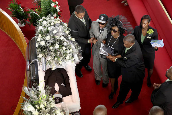 Hundreds Come To Honor Corey Jones At Funeral Sun Sentinel