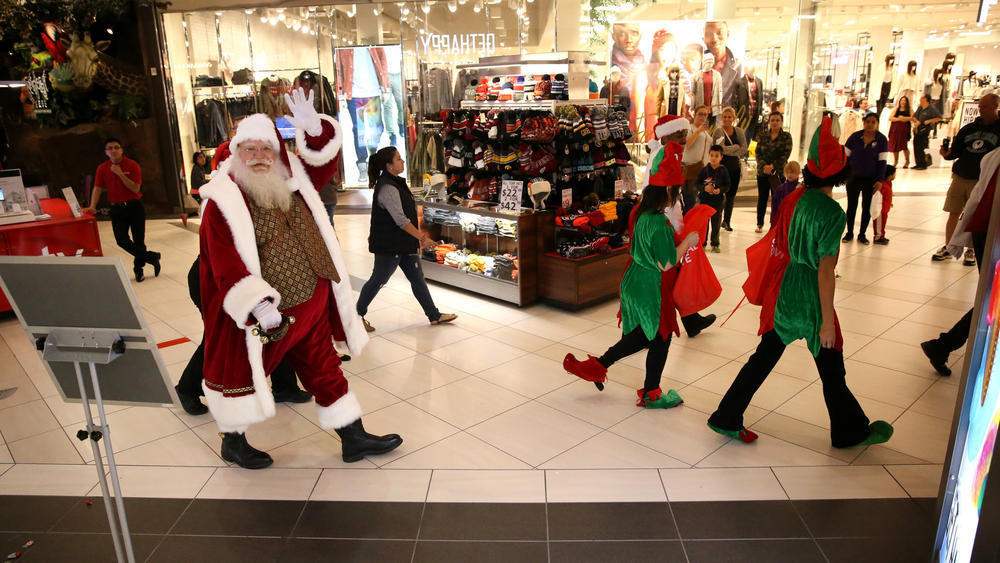 Malls In Ct >> Santa comes to a mall near you -- for a price - Chicago Tribune