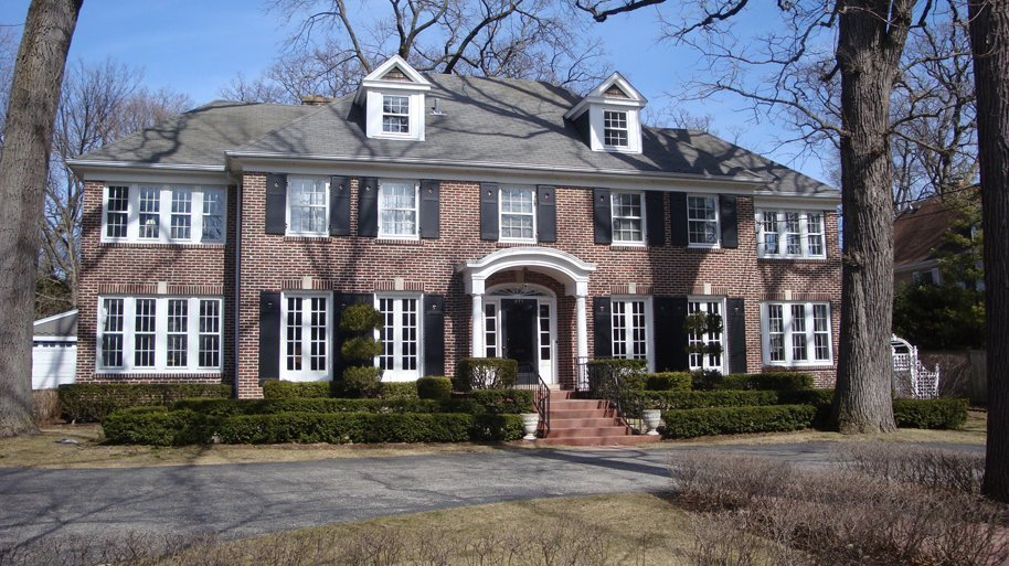 'Home Alone' director: We chose Winnetka home because it ...