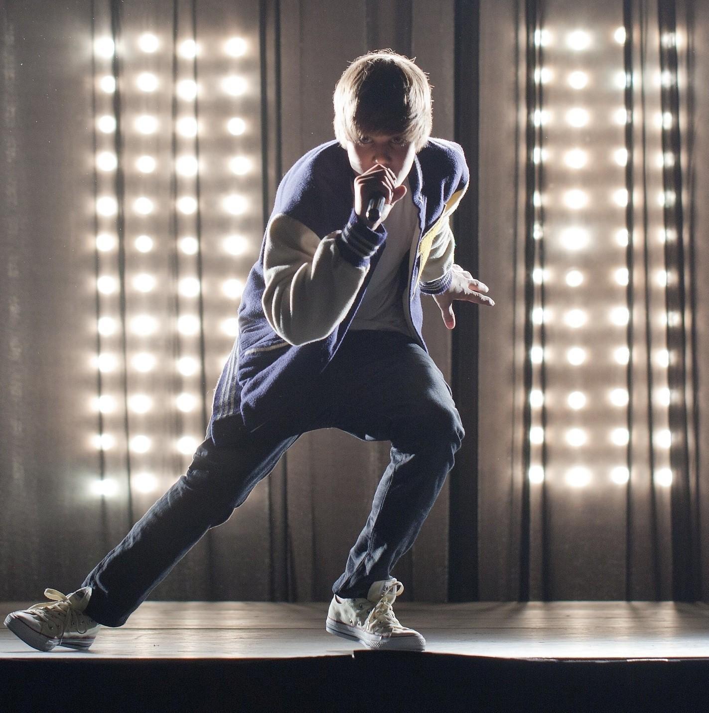 9f78da19a683 Justin Bieber set for show at Philadelphia s Wells Fargo Center - The  Morning Call
