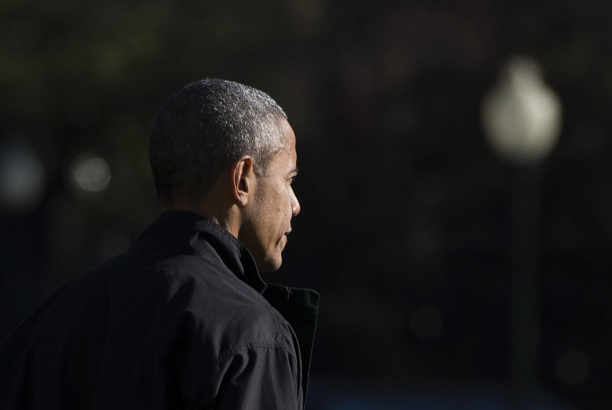 President Obama departs the White House en route to Andrews Air Force Base for his trip to Turkey to attend the G20 Summit. (Molly Riley / AFP / Getty Images)