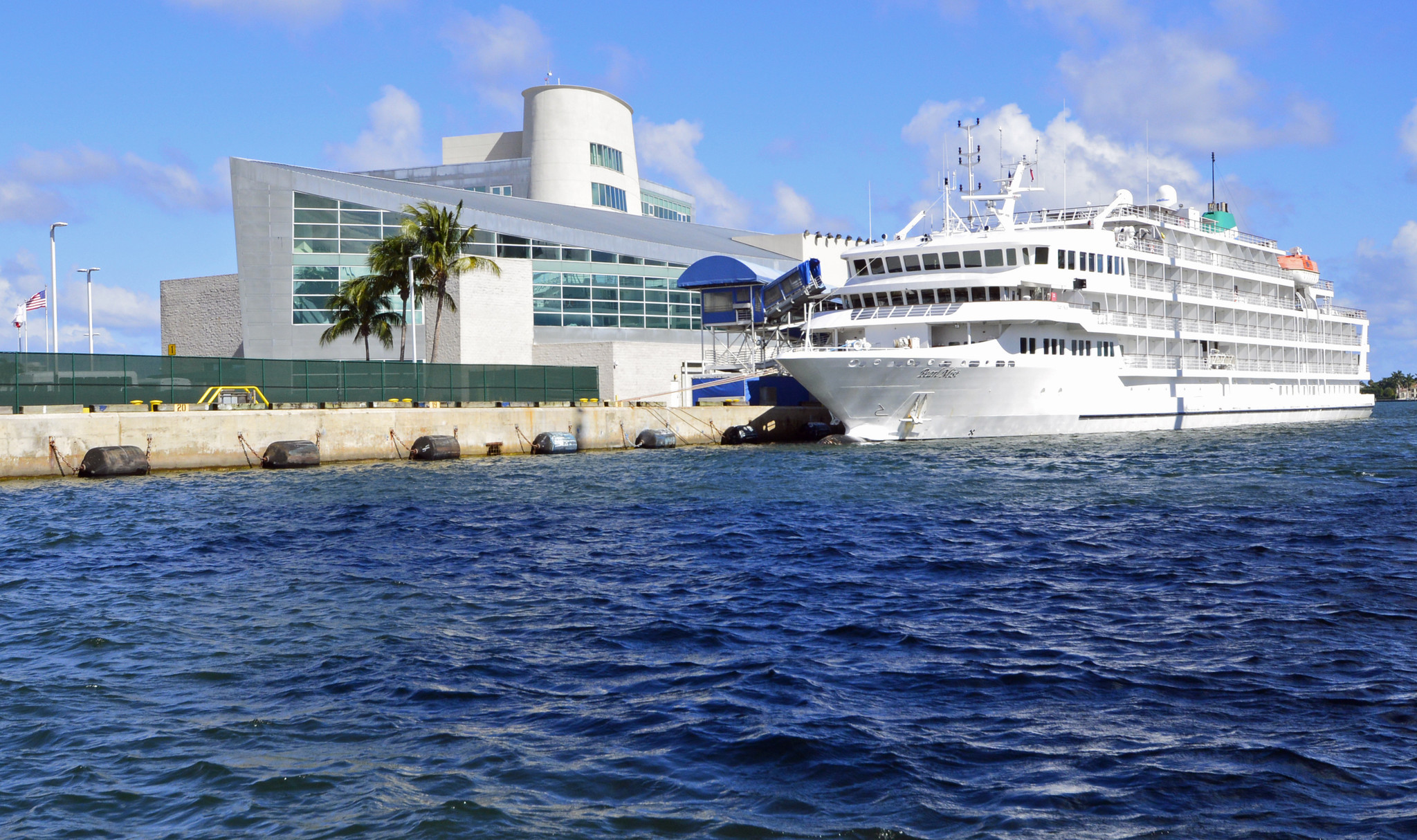 Cruise Ship Possibly Bound For Cuba Makes First Call At Port Of Palm Beach Sun Sentinel