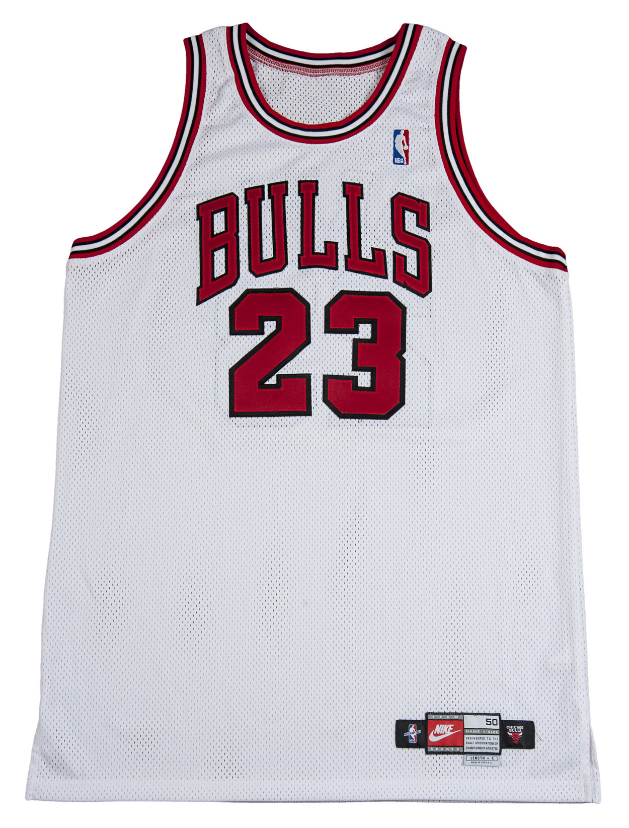 Michael Jordan  98 Bulls jersey goes for record  173K - Chicago Tribune 92c3614e9
