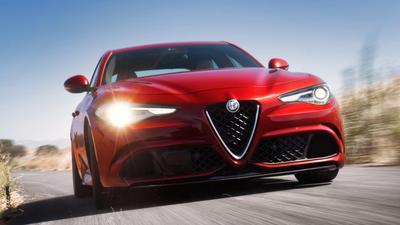 L.A. Auto Show 2015: 2017 Alfa Romeo Giulia Quadrifoglio