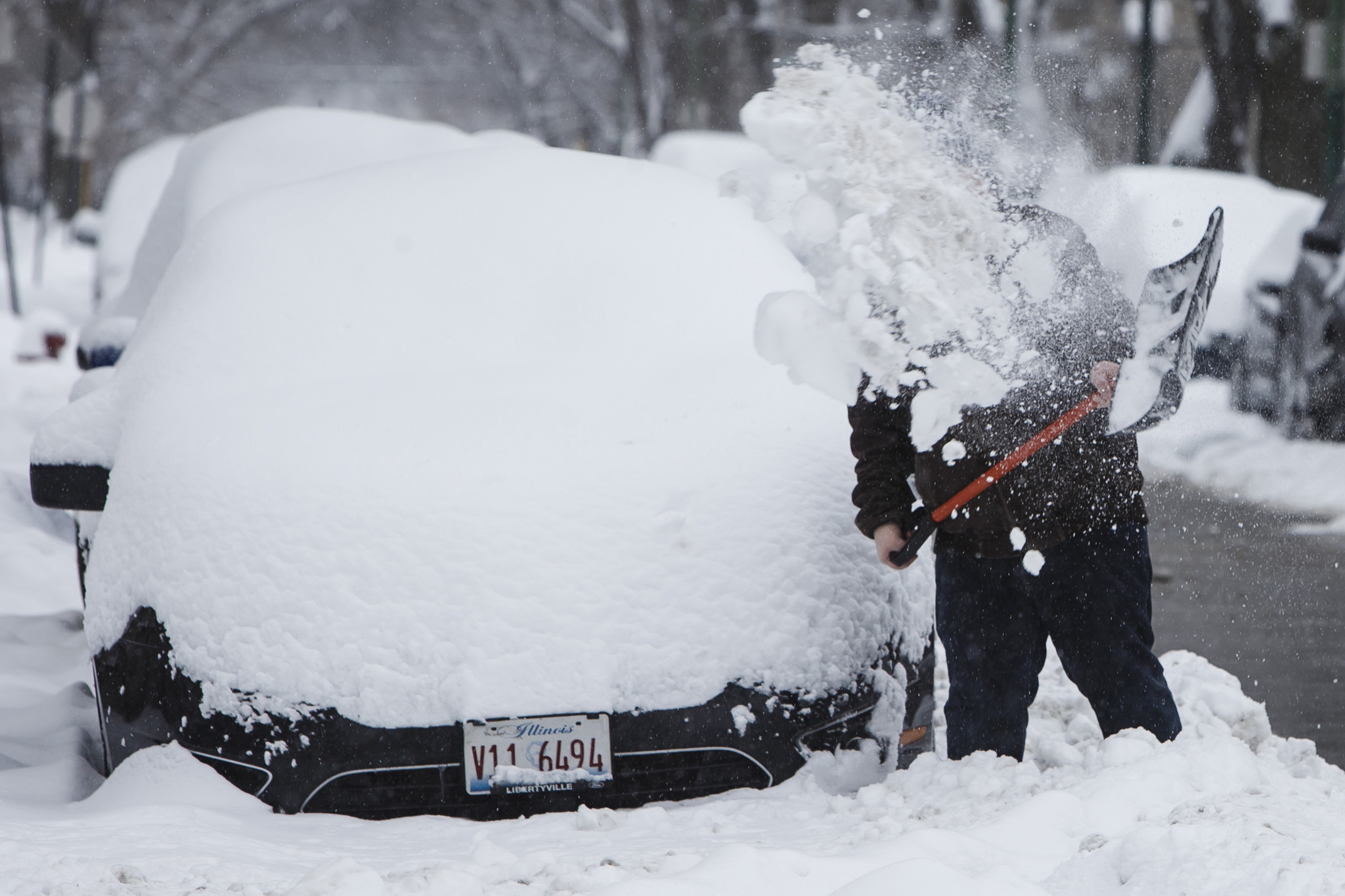 how to get your car unstuck from snow orlando sentinel. Black Bedroom Furniture Sets. Home Design Ideas