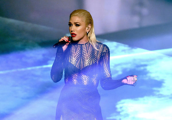 Closer on singer Gwen Stefani performing onstage during the 2015 American Music Awards. (Kevin Winter / Getty Images)