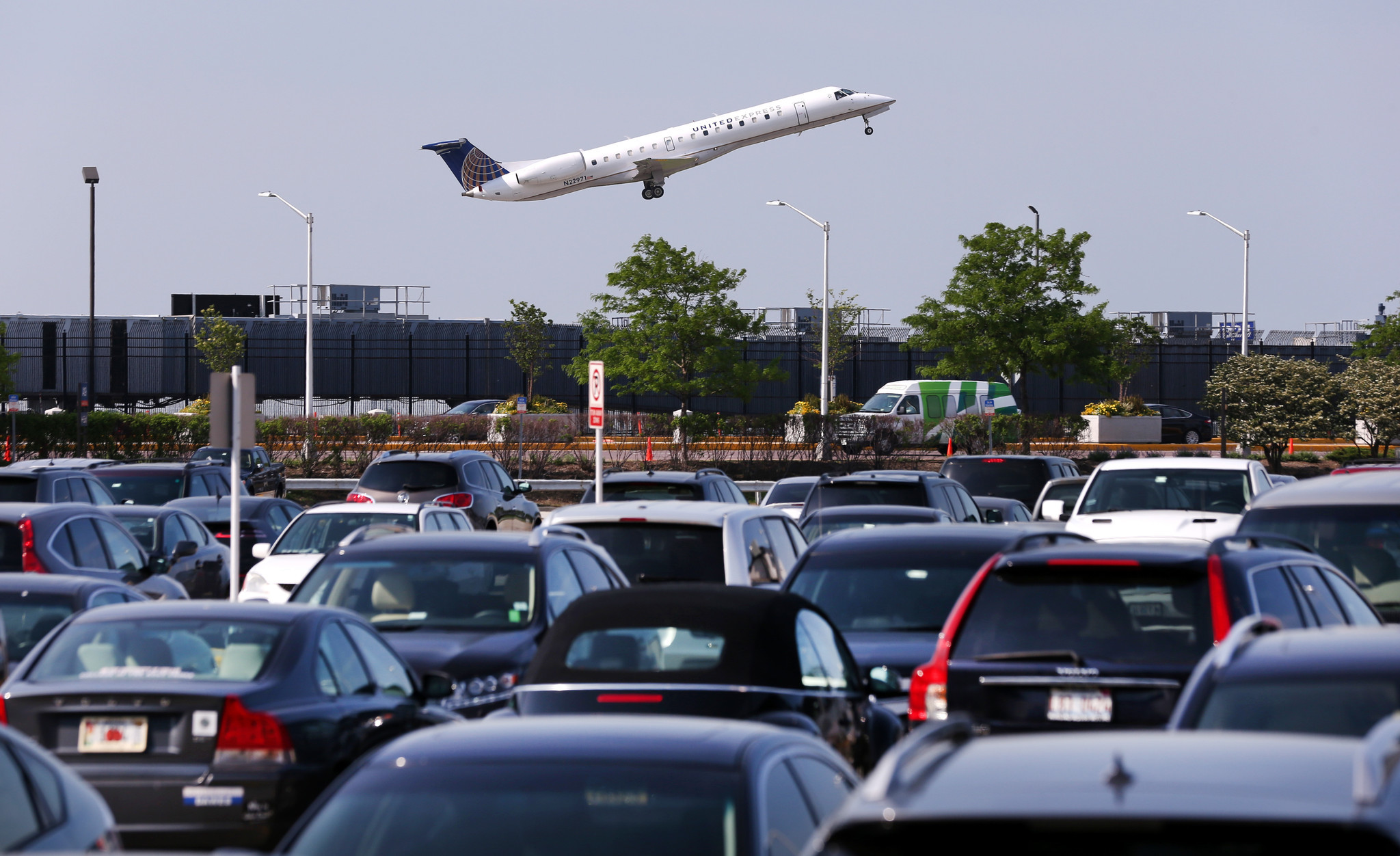Reserved Parking Goes On Sale At O Hare Midway Airports