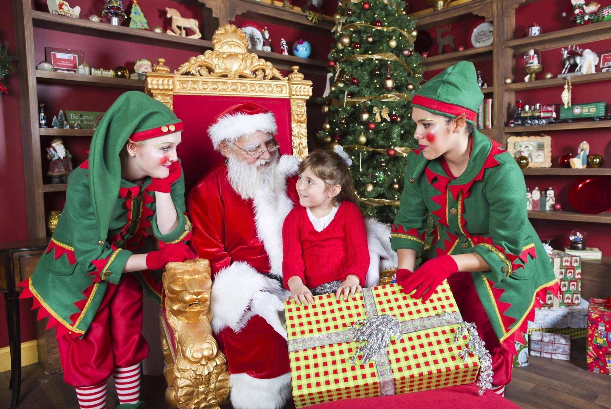 Christmas town kicks off at busch gardens tampa orlando - Busch gardens christmas town prices ...