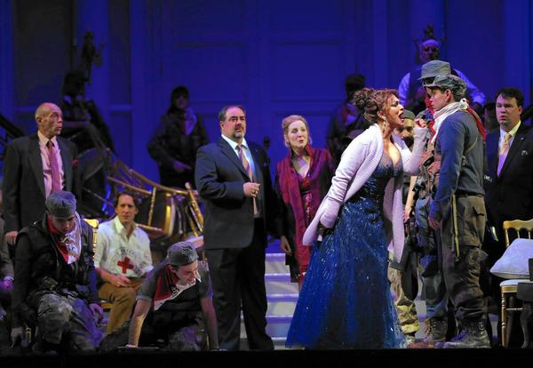 Lyric's 'Bel Canto' depicts
