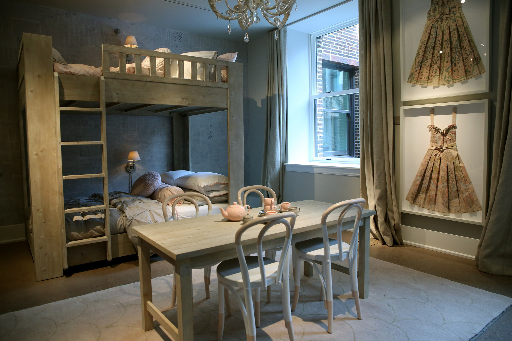 Restoration Hardware S Chicago Store On Track To Exceed