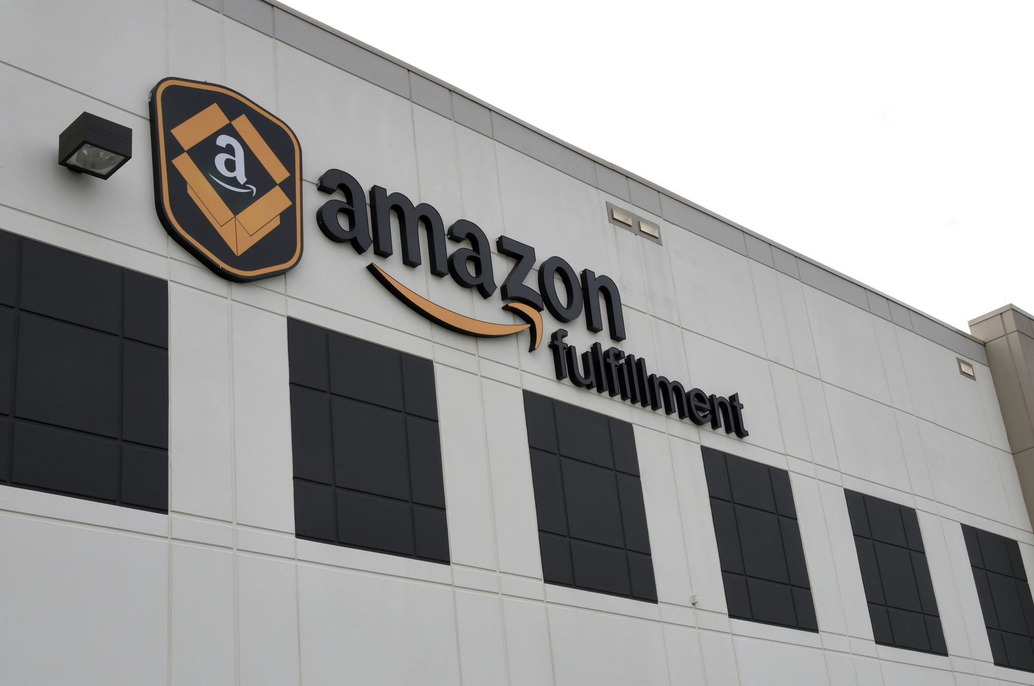 How Long Does It Take To Get A Loan >> Baltimore to loan Amazon $100K to help shuttle employees to work - Baltimore Sun