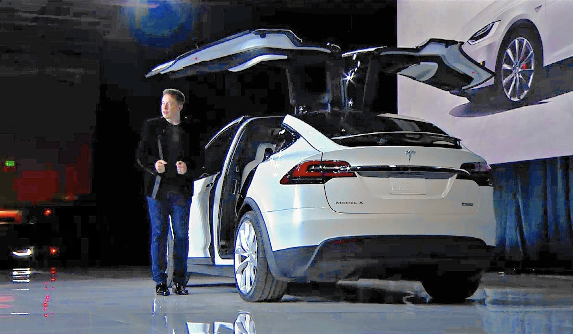 tesla motors receives 39 million in sales tax incentives from state la times. Black Bedroom Furniture Sets. Home Design Ideas