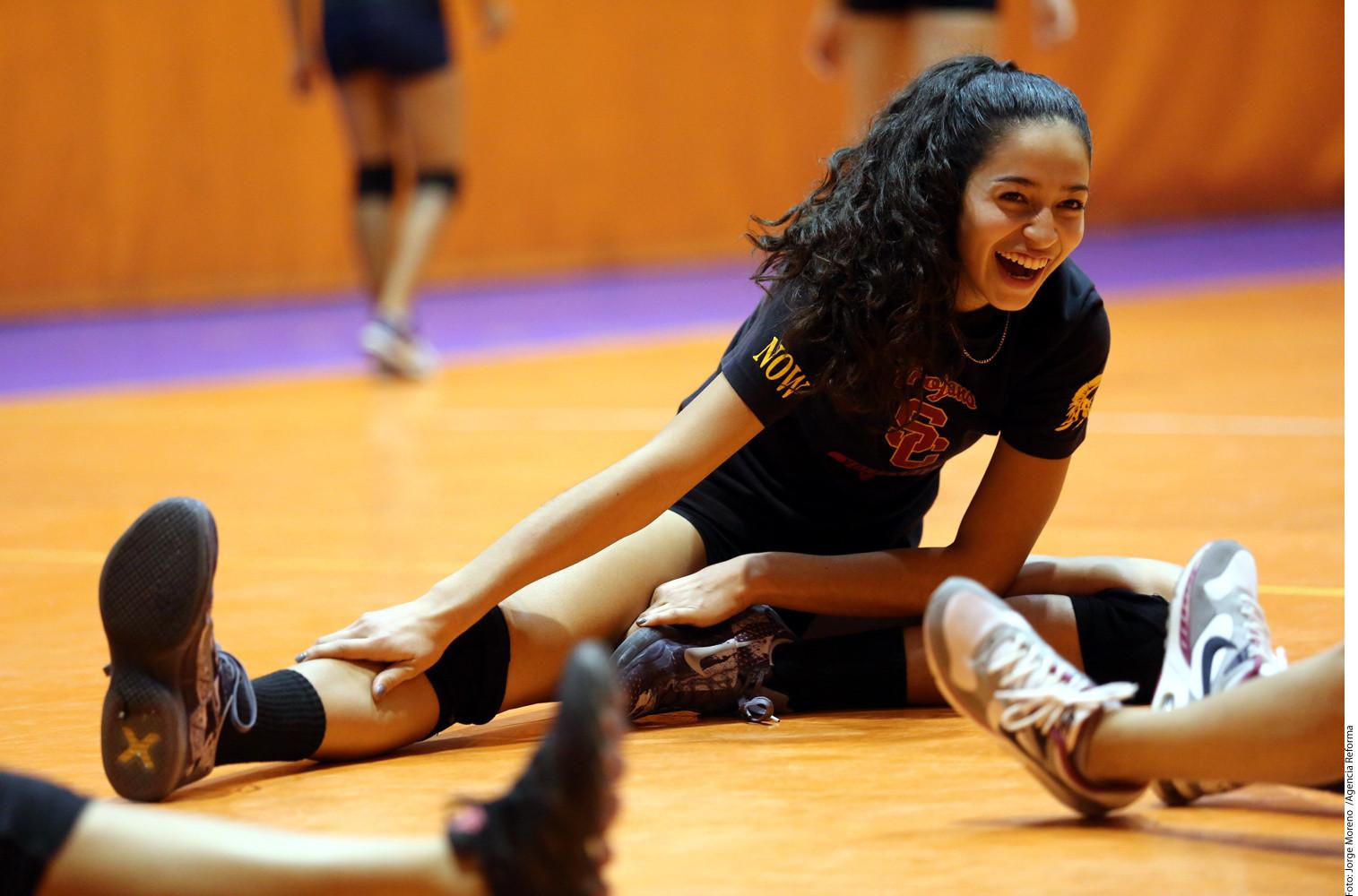 samantha bricio  mejor jugadora de voleibol de ee uu