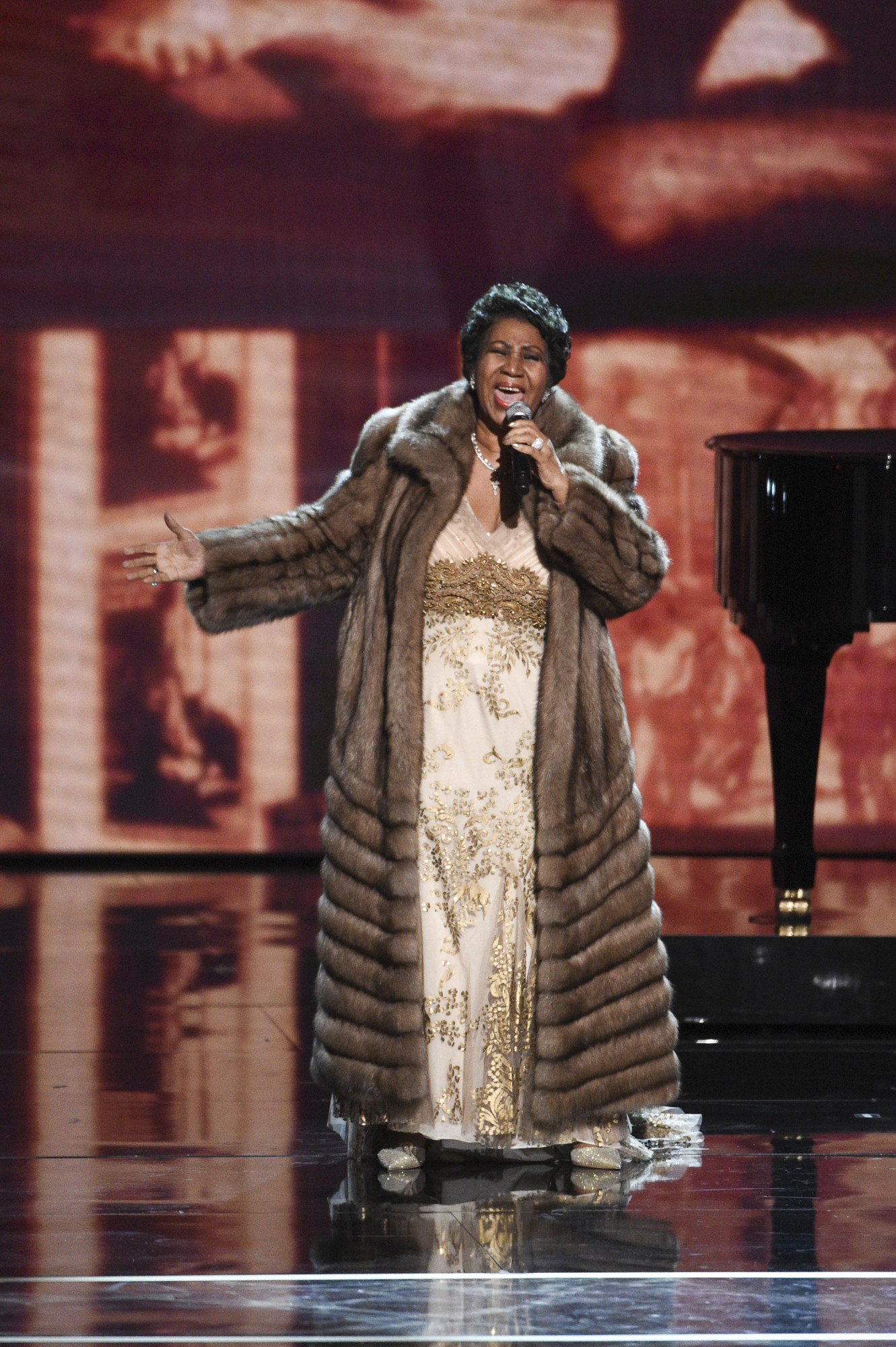 kennedy center honors  aretha franklin wows