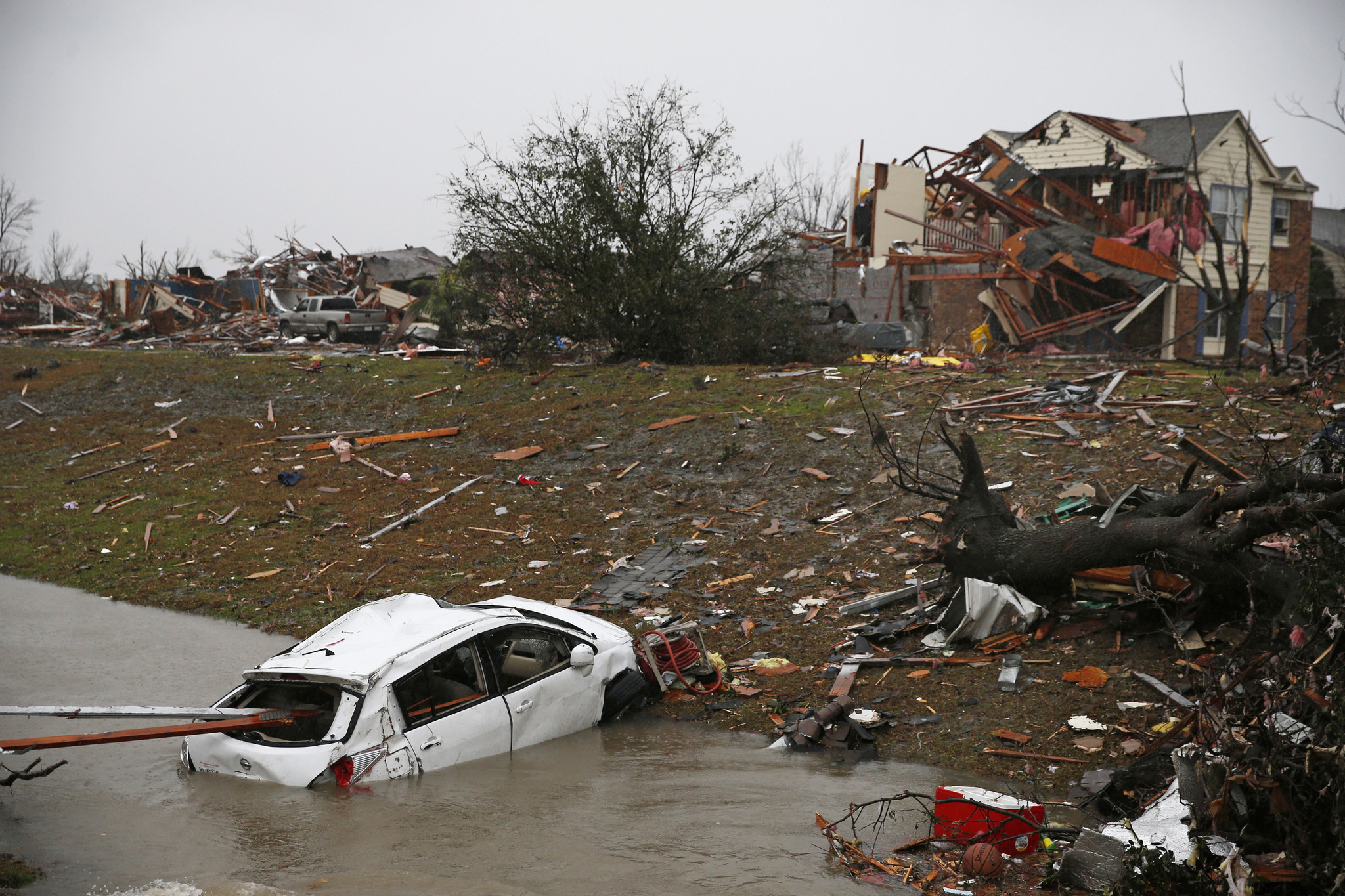 Texas Cleans Up After Twisters Snow And Ice Pelt Midwest