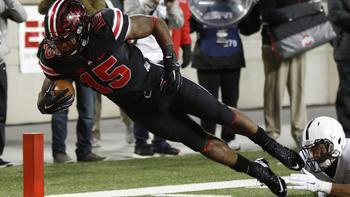 2bbea19da9f Ohio State RB Ezekiel Elliott cited in crash, expected to play in Fiesta  Bowl - Chicago Tribune