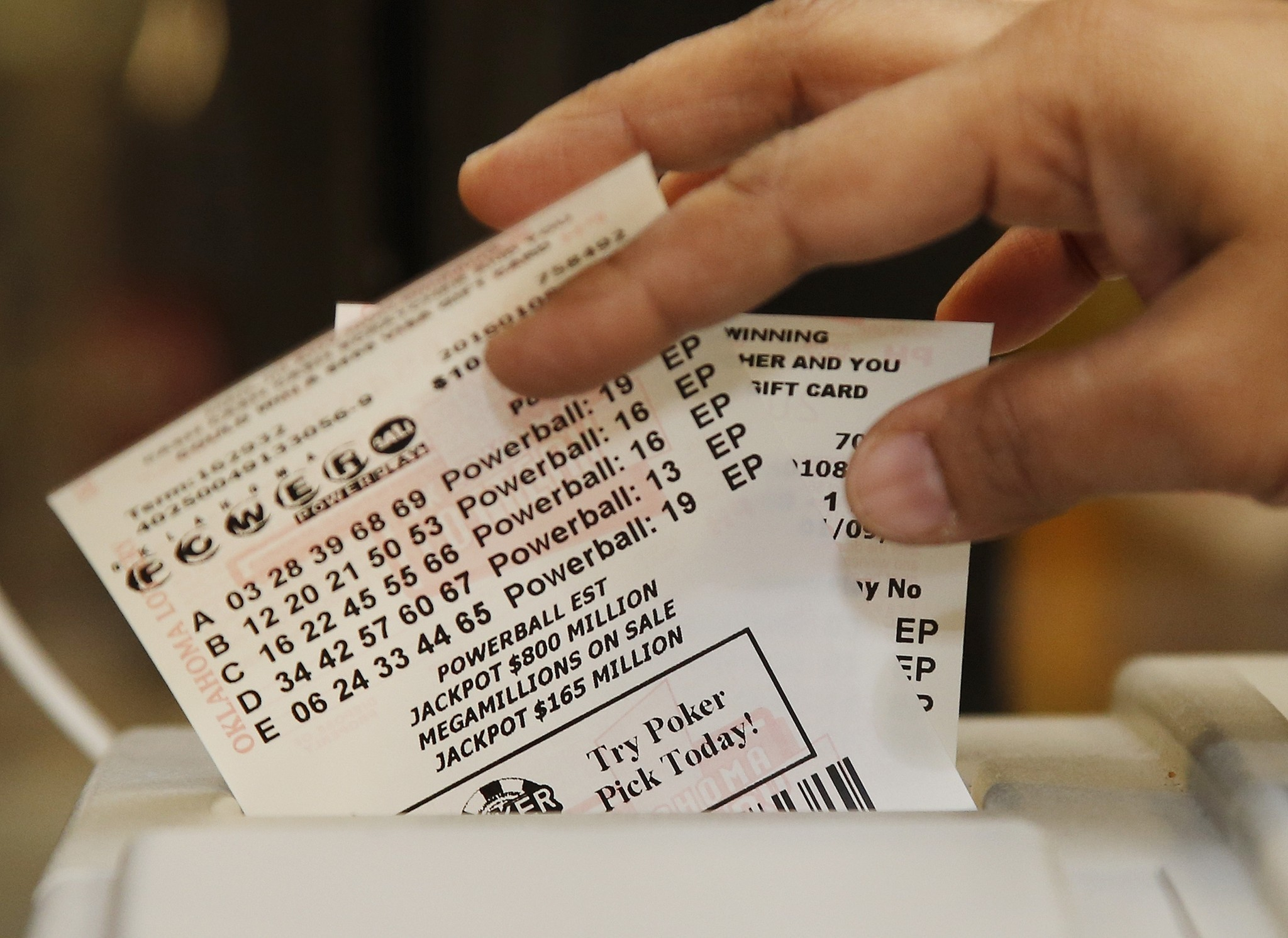 Powerball Jackpot World S Largest At 1 3 Billion Chicago Tribune