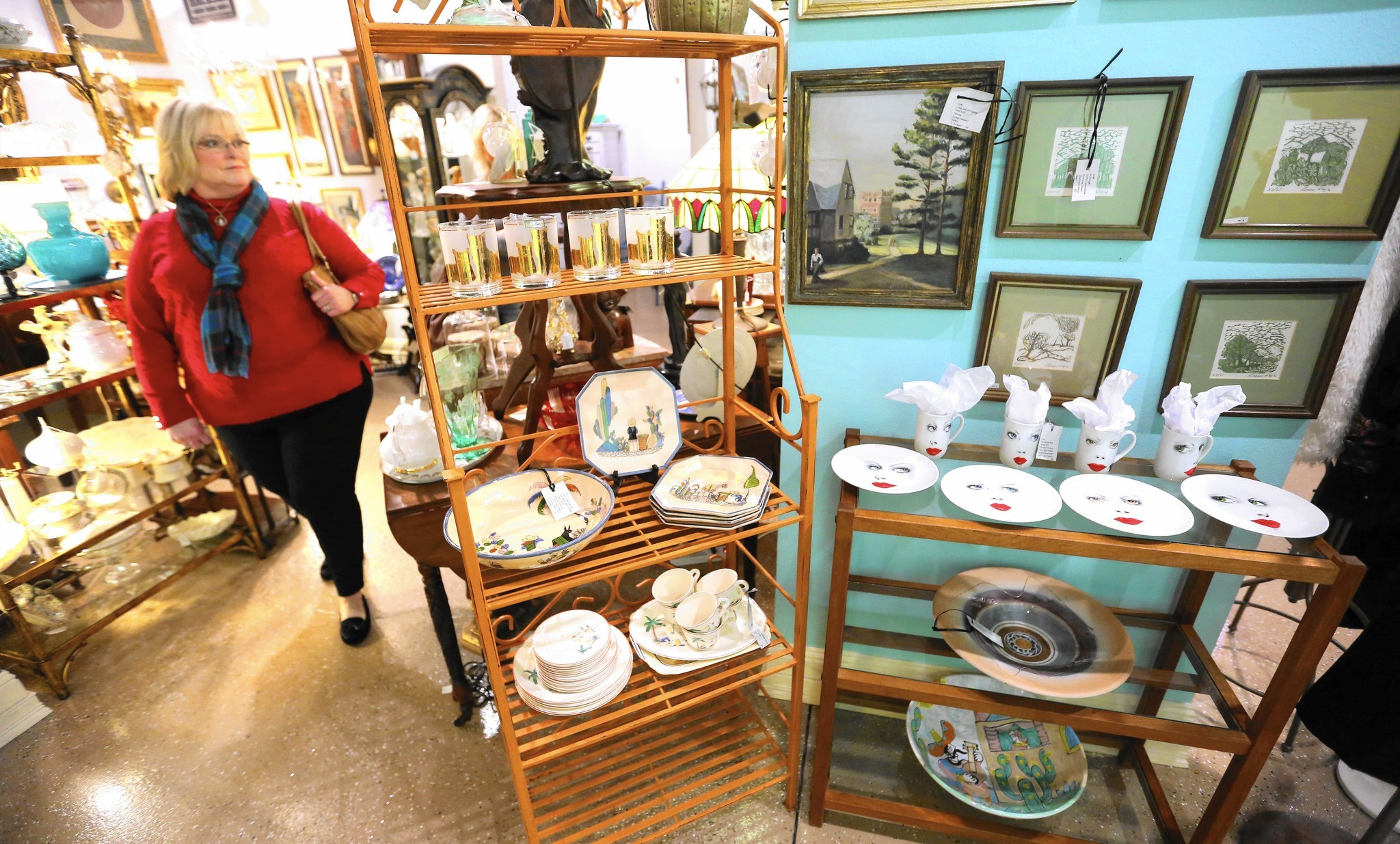 Antiques Stores Find New Purpose As Appeal Wanes Orlando