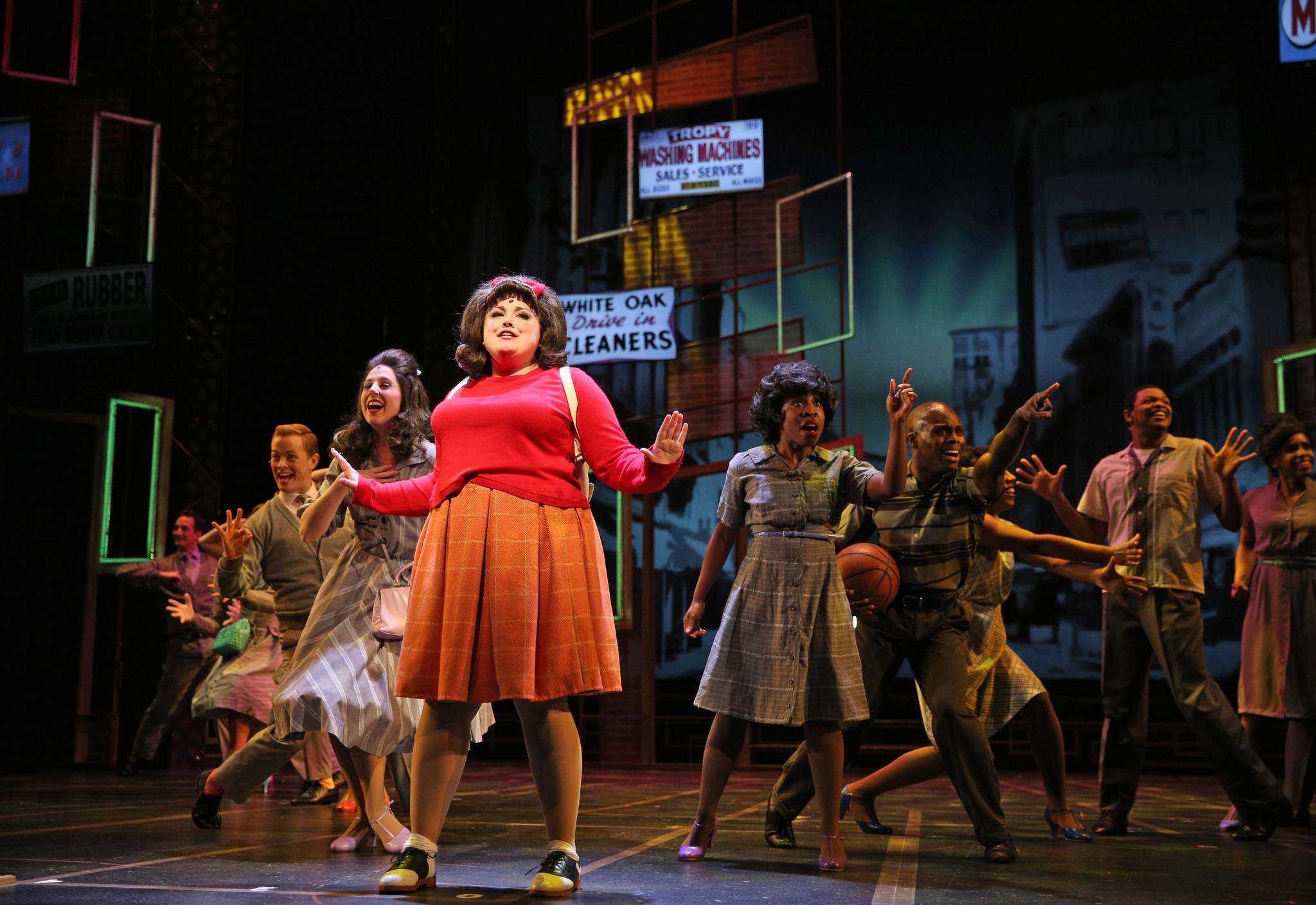 'Hairspray's' infectious beat keeps rolling in Aurora ...