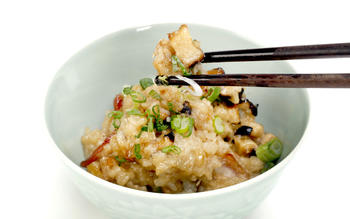 Chinese sticky rice (loh mai fan)