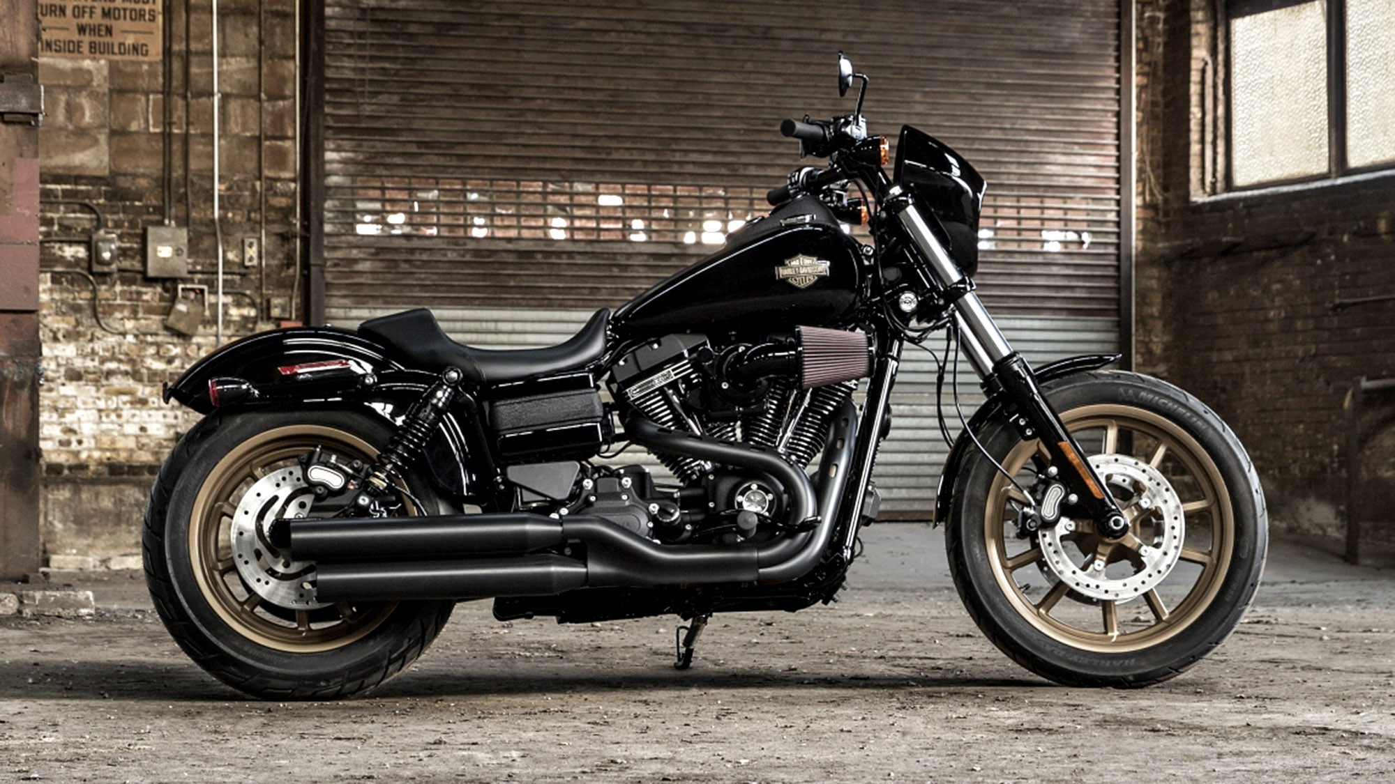 Harley-Davidson adds two new models to 2016 line - LA Times